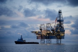 Borders  Southern confirms rig deal for Falklands drilling in 2011